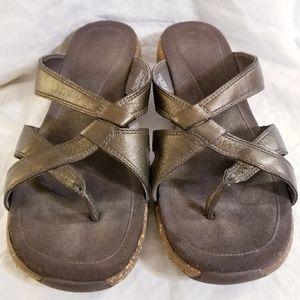 Merrel Sundial Cross Thong Sandals